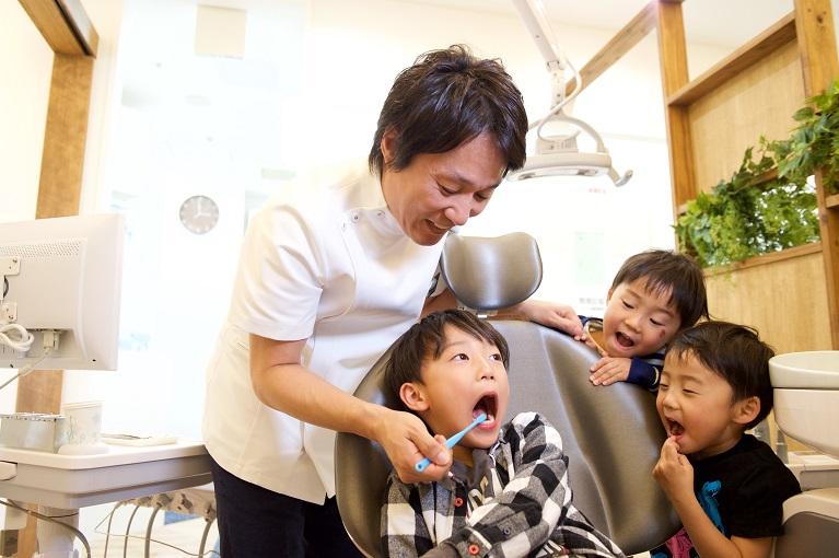 いつから子供を歯医者に通わせればいい?